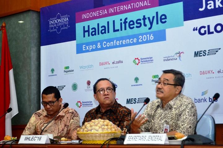 Menpar Yakin Indonesia Akan Jadi Pusat Industri Halal Dunia
