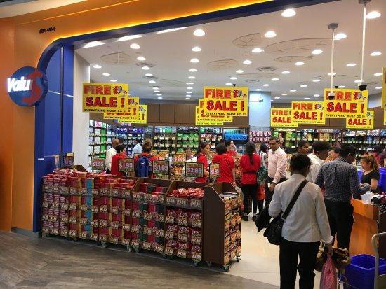 Mau Belanja Murah di Singapura? Ini Tempatnya